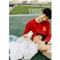 森系可爱情侣头像 为你挡风遮雨_WWW.QQYA.COM