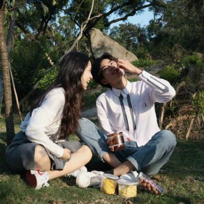 浪漫清新情侣头像 你做我的宠物吧_WWW.QQYA.COM