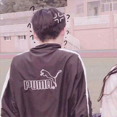 学生情侣在一起的头像 一男一女在一起玩一起疯_WWW.QQYA.COM