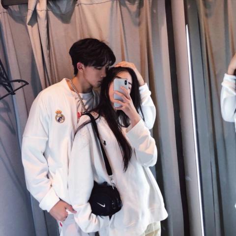 好看时尚的情头 真人情头时尚双人图片大全_WWW.QQYA.COM