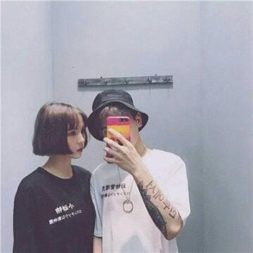 2022潮流TT情侣头像_WWW.QQYA.COM