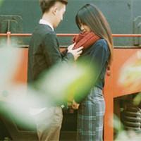 意境唯美的经典情侣头像沉吟_WWW.QQYA.COM