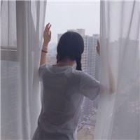 幸福背影意境情侣头像 爱,没有理由_WWW.QQYA.COM