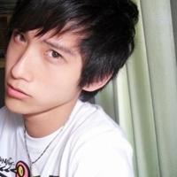 叼烟帅气有范的男生QQ头像 寻找,我的梦@_WWW.QQYA.COM