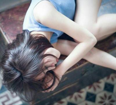 一个人撑得很累的说说_WWW.QQYA.COM