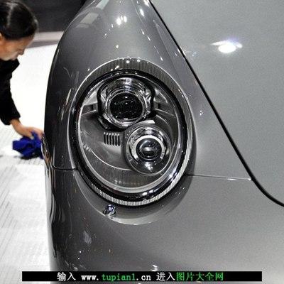 新款保时捷车展图片_WWW.QQYA.COM