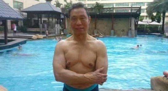 钟南山健身图片 锻炼好比吃饭_WWW.QQYA.COM