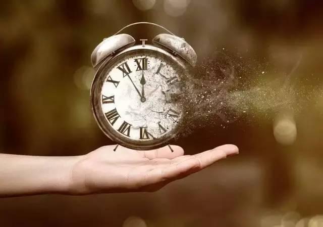 时间看透人心的图片_WWW.QQYA.COM