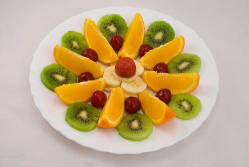 儿童水果拼盘图片简单_WWW.QQYA.COM